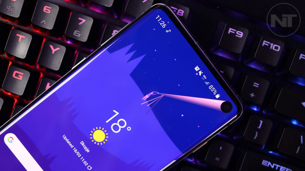 Samsung Galaxy S10 Pictures