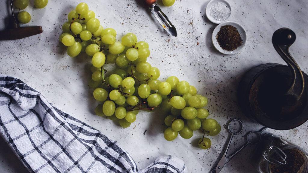 Grapes Fruit Wallpaper Top View