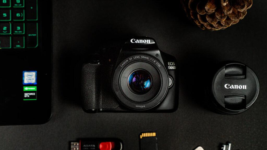 Cannon Camera, Keyboard, Memory Cards